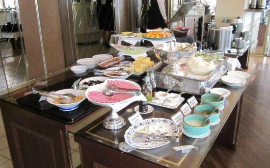 Hiroshima Intelligent Hotel Grand: more breakfast buffet options