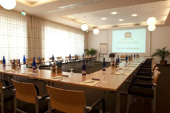 BEST WESTERN PLUS Konrad Zuse Hotel: Conference facilities