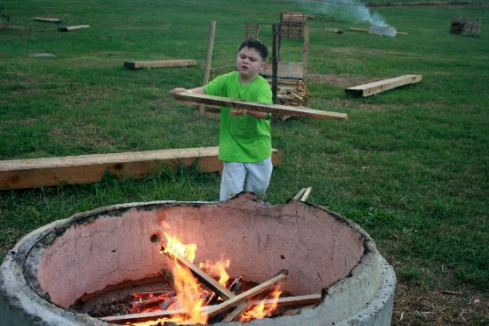 Cagle's Dairy: Reese Building Our Bon-Fire There were about 20 Pits Each family Had Their Own