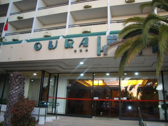 Ourahotel Aparthotel: even the signs worn down