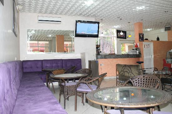 Residence ISNI : Café