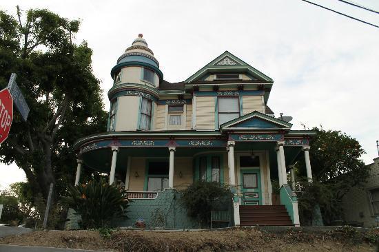 Angelino Heights Historic Area: Barrio