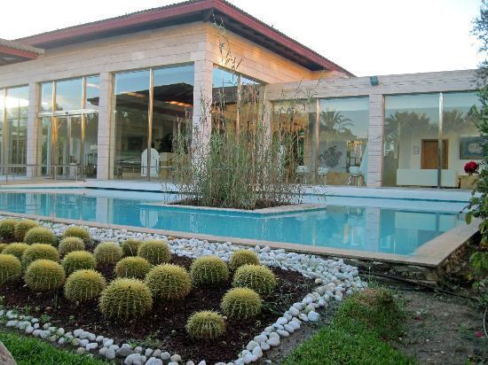 برنسوتل لا دورادا: Hotel grounds 