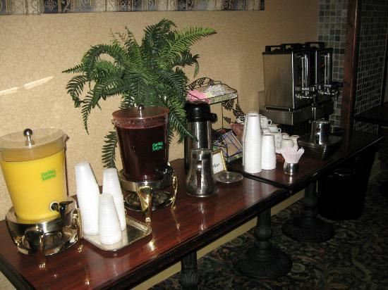 Hotel Utica: Breakfast Beverage Station