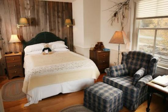 The Inn at Sugar Hollow Farm: Woodland Room