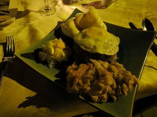 أنجكور سينشاري ريزورت آند سبا: 夕食 