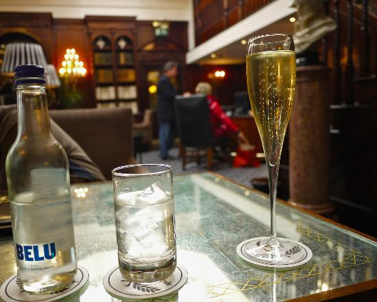 Hotel 41: Check in glass of champagne