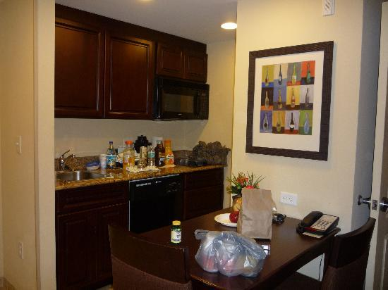 Homewood Suites by Hilton Lake Buena Vista-Orlando: A nice kitchen