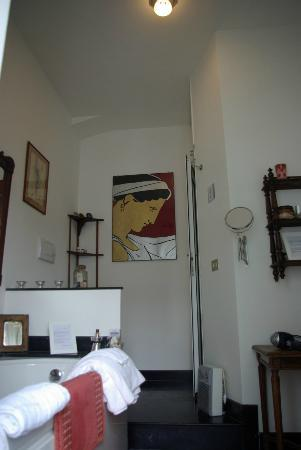Aurelio Aquilone B&B: Nice picture in the bath room of Suite Hammam