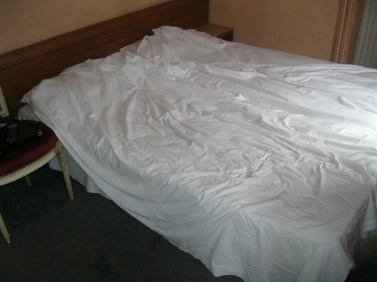 Apollo Opera Paris: Betten machen
