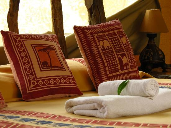 Porini Mara Camp: Bed room suite