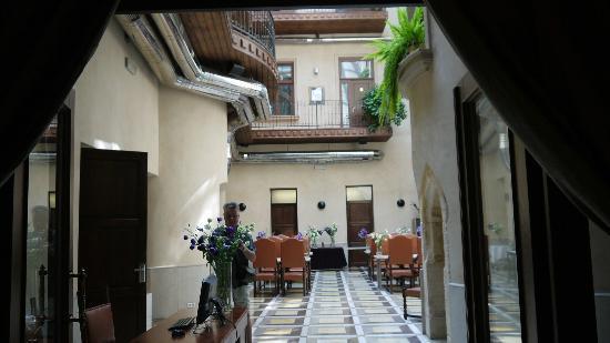 Hotel Copernicus: Innenhof