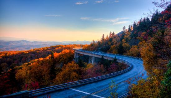 North Carolina: Linn Cove Viaduct