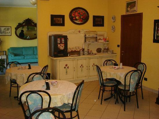 Albergo Il Gufo: Sala colazione