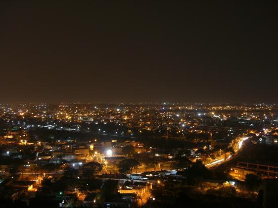 Taj Falaknuma Palace: Hyderabad by night