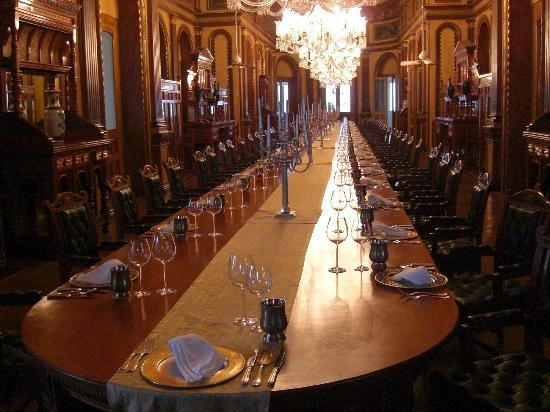 Taj Falaknuma Palace: THis is just crazy, from the Palace tour