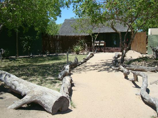 Nkorho Bush Lodge: One of the large lodges