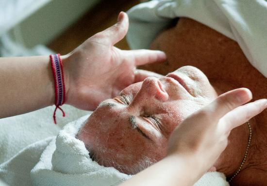 Bare Hands Day Spa: Experience a relaxing facial.