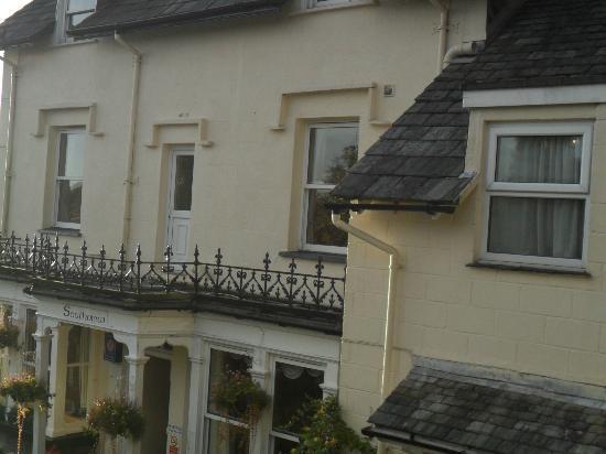 Southview Guest House: exterior