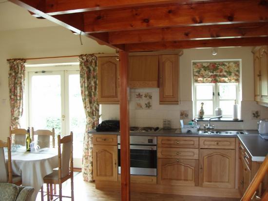 Beech Farm Cottages: Pastimes cottage