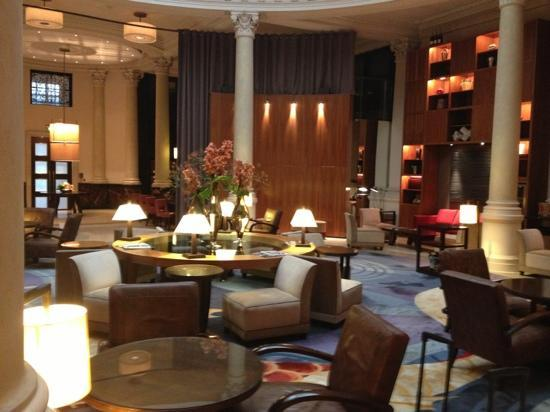 Threadneedles, Autograph Collection: the beautiful lobby area