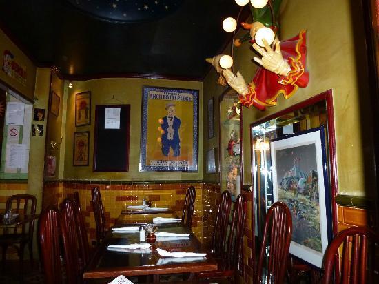 Restaurant Rue Amelot  Paris