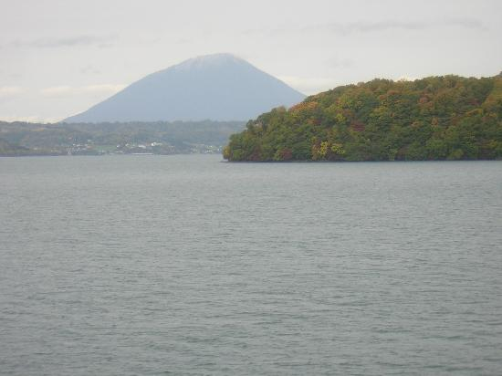 Yoteizan : 洞爺湖の中島と羊蹄山