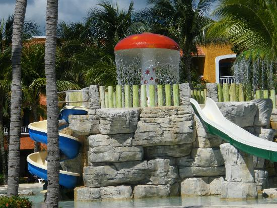 Barcelo Maya Colonial: Barcy Club for kids