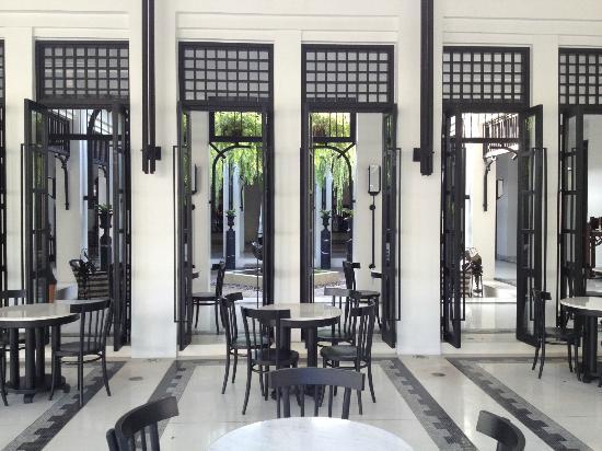 The Siam: hotel lobby
