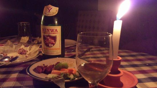 Hotel Space Mountain: dinner with Nepali wine