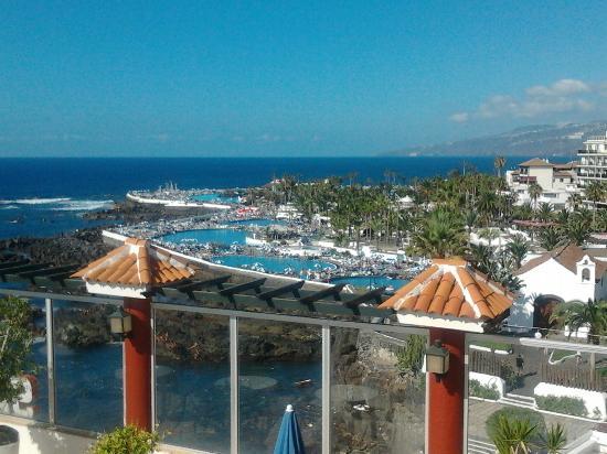 Ausblick vom hotel oberste etage wo sich auch der pool for Hotel luxury san telmo