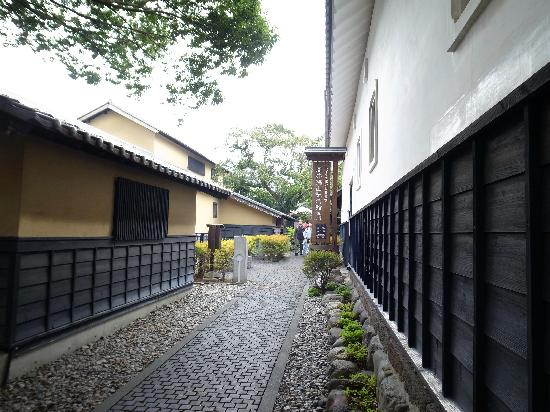 Kurino Komichi: 高井鴻山記念館あたり