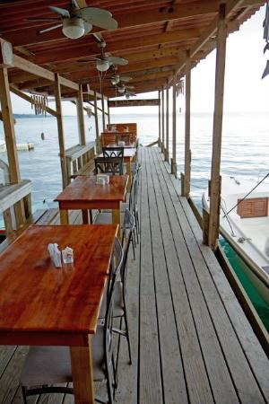 Lili's Cafe: breakfast on the dock over the water... perfect!