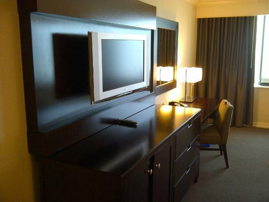 The Westin Harbour Castle: LCD TV