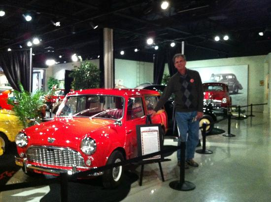 ‪‪Studebaker National Museum‬: Gary and the Mini