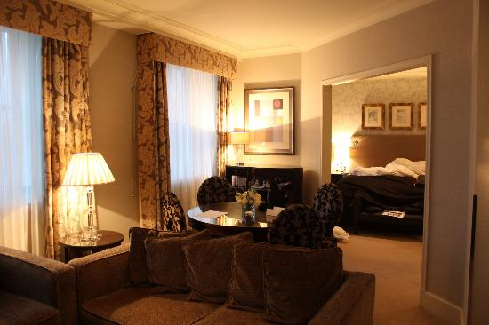 The Chester Grosvenor: Presidential suite lounge