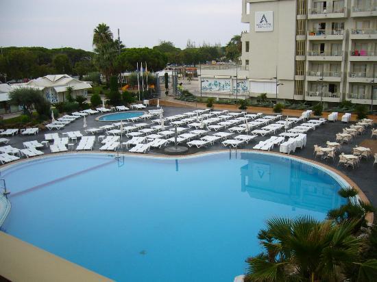 Aqua Hotel Aquamarina U0026 Spa: En Octobre à 8 H Du Matin