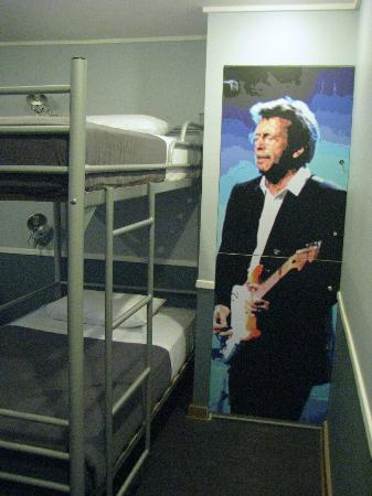 H Rado Hostel: My roommate was Eric Clapton