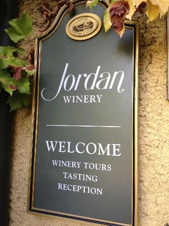 ‪‪Jordan Vineyard & Winery‬: exterior