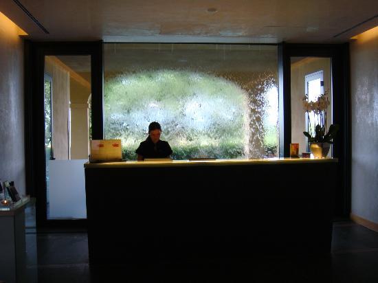 Castello del Nero Boutique Hotel & Spa: Super cool Spa entrance!