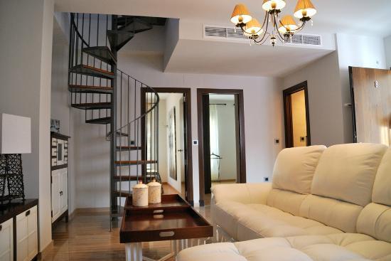 Apartamentos tempa museo prices apartment reviews for Appart hotel seville