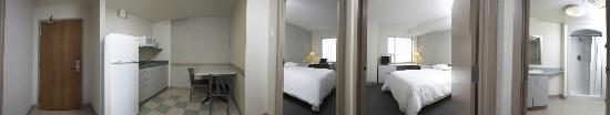Residence & Conference Centre - Hamilton: Full Suite View