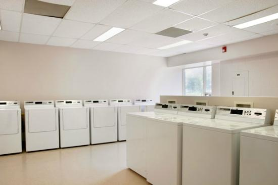 Residence & Conference Centre - Hamilton: Laundry On-Site