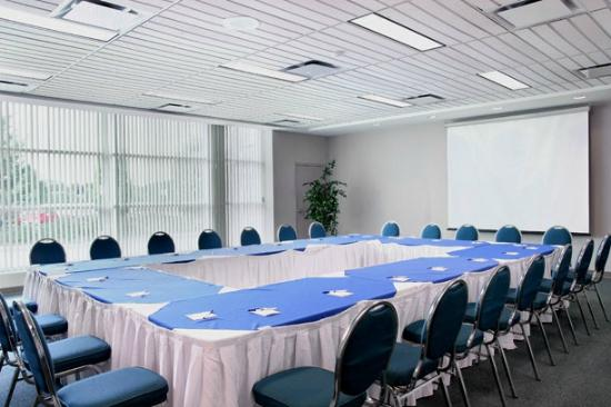 Residence & Conference Centre - Hamilton: Conference Space Available
