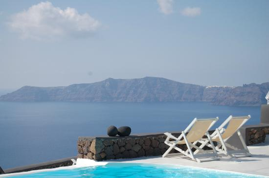 Aenaon Villas: Perfect place to relax with a book