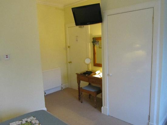 Dunmurray Lodge: ingresso stanza
