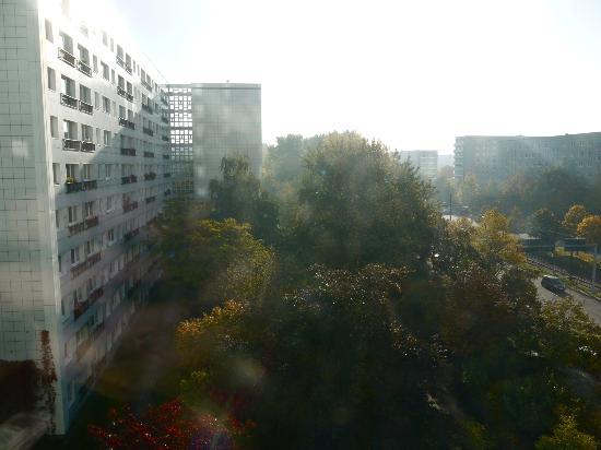 Ibis Budget Berlin Alexanderplatz: Former East Berlin Architecture
