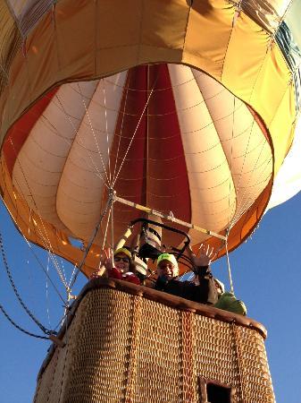 Santa Fe, NM: Flyin' High with Johnny Lewis