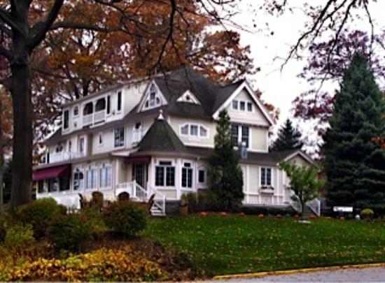 Carriage House at the Harbor: Pumpkin time at the Inn