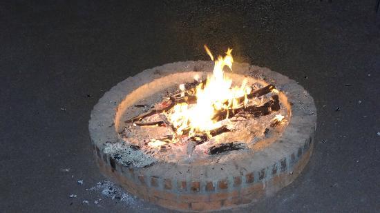 Ditholo Game Lodge: Bon fire